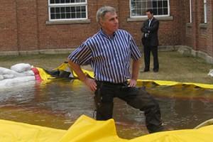 portrait de daniel dery inventeur du barrage anti inondation water-gate