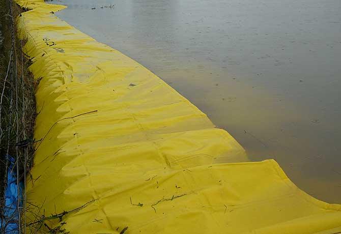 protection anti inondation longue d'un quartier