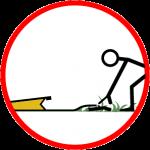 Retirer les débris sous le barrage anti inondation pour éviter les infiltrations
