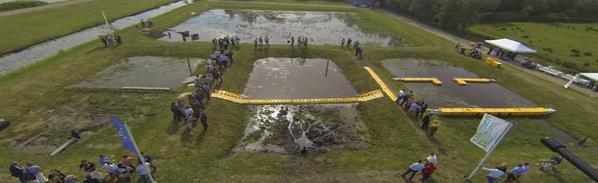 test du barrage anti inondation water-gate en hollande par le floodproof
