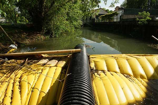 batardeau assèchement de rivière