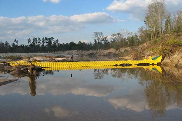 batardeau water-gate en rivière