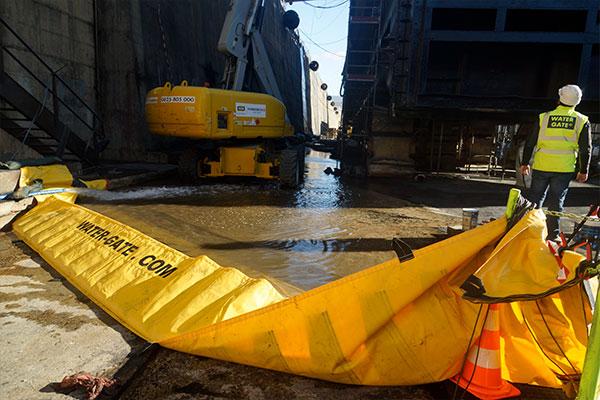 Barrages souples autobloquants Water-Gate© pour la rétention d'urgence contre les pollutions liquides