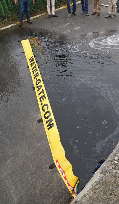 Barrière souple Water-Gate© WL-0617 pour dévier une pollution liquide