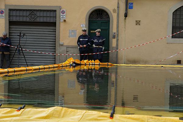 Water-Gate© sous haute surveillance policière